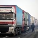Hatszáz kamion vesztegelt Szegednél – Már megnyitották a határátkelőt