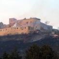 Leégett a krasznahorkai vár – Újra kigyulladt a faszerkezet