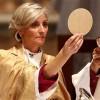 Püspökasszonyok!?
