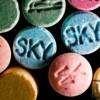 Vélt legalitásuk miatt népszerűek a dizájner drogok