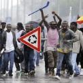 Rasszista bűnvándorlók rombolnak Európában